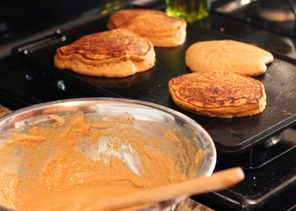 Pumpkin Pancakes with Apple Compote-1