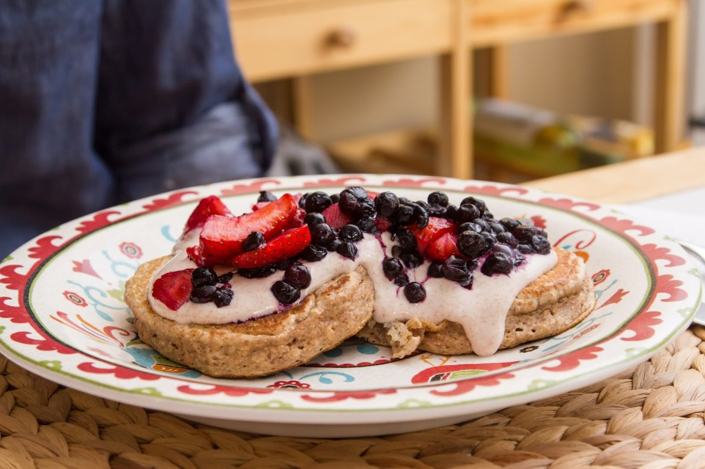 Mixed Berry Pancakes with Maple Cinnamon Yogurt-2