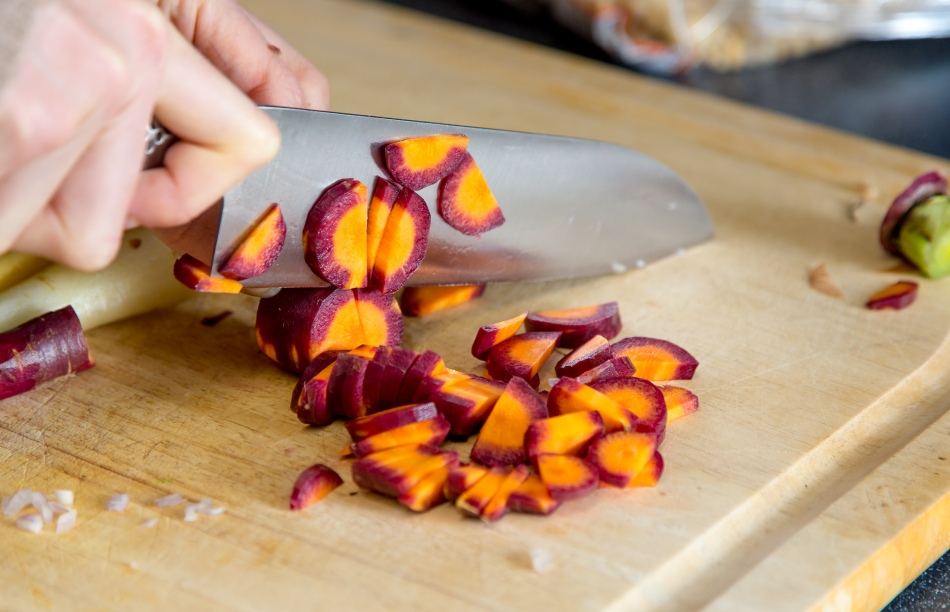 carrot-tomato-tagliatelle-love-and-lemons