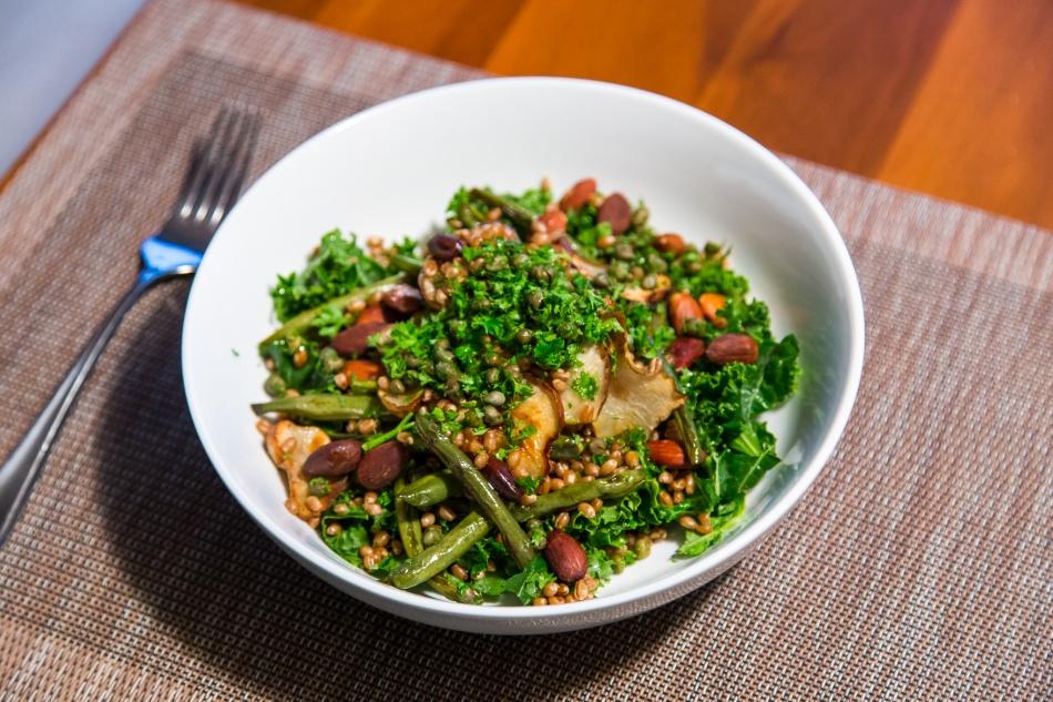 sunchoke-salad-green-beans-almonds-wheatberries