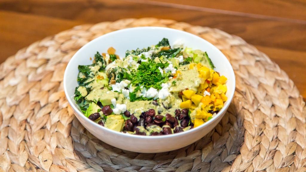 cauliflower-rice-burrito-bowls-mango-salsa-bitchin-sauce