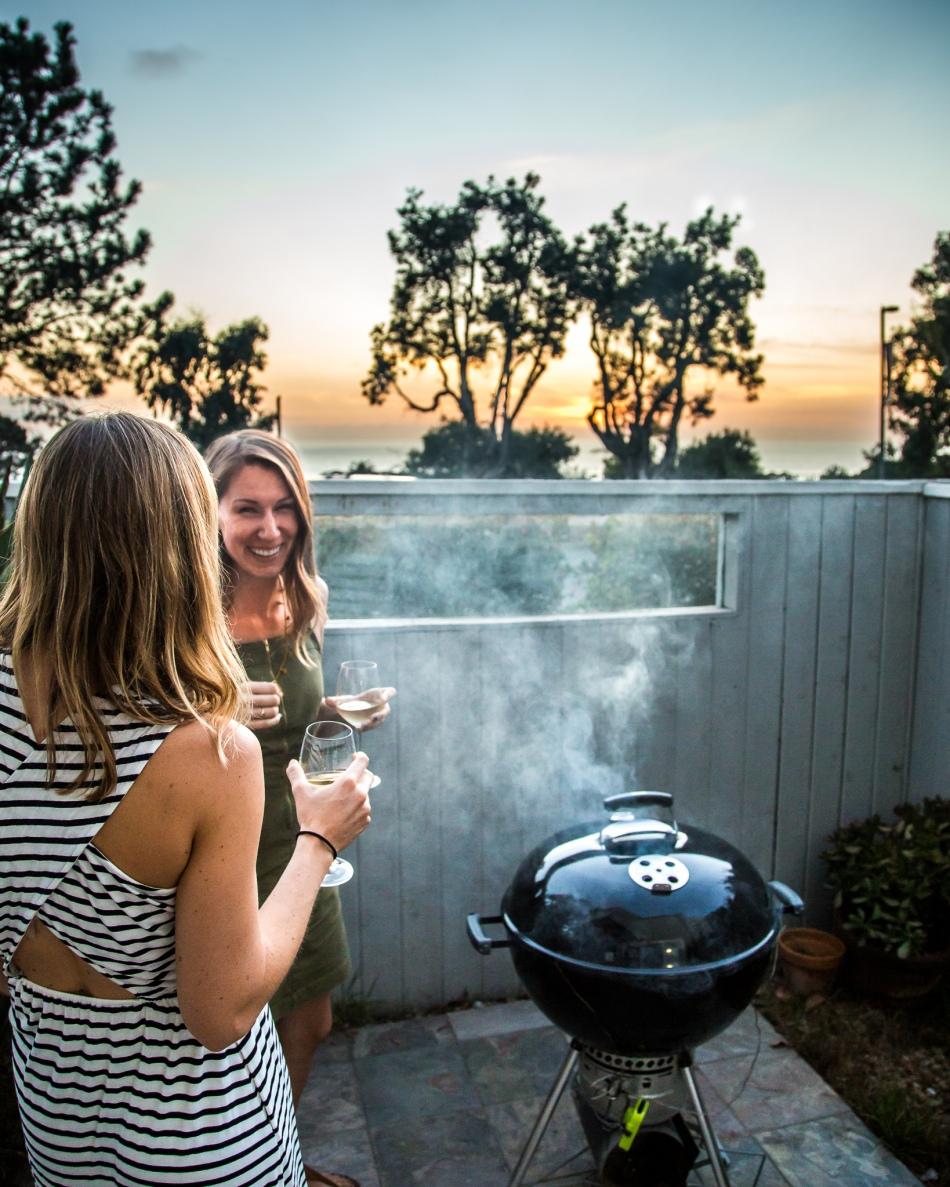 smoked-salmon-grilled-salmon-summer-fig-salad-vegan-vegetarian-greens