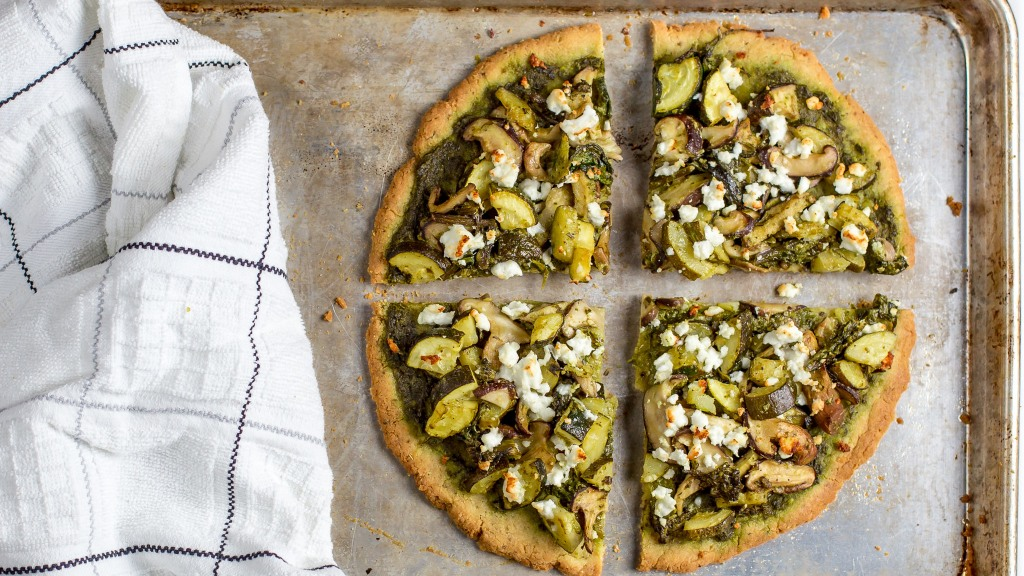 pesto gluten free pizza zucchini mushrooms feta spinach